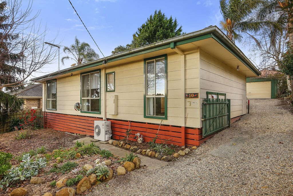 10 Connors Flat Road, Wandin North VIC 3139, Image 0