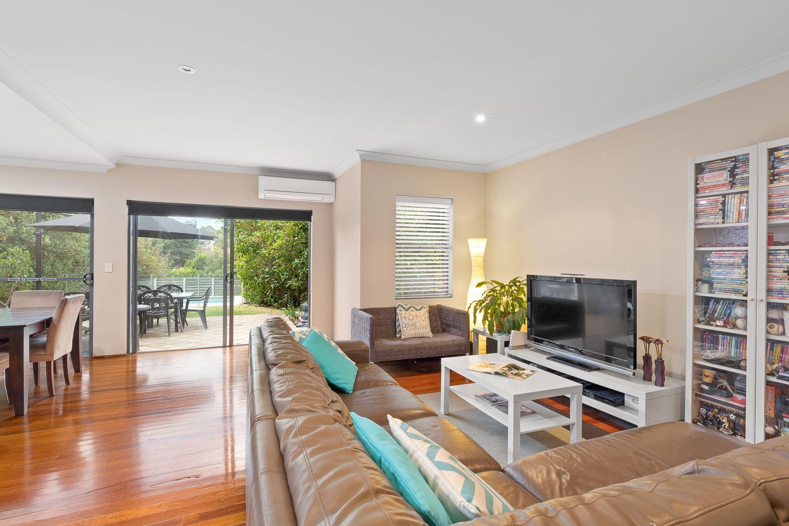 208 The Comenarra Parkway, Wahroonga NSW 2076, Image 2