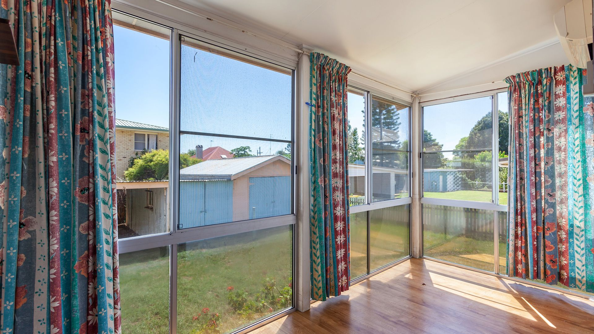 235 Russell Street, Newtown QLD 4350, Image 2