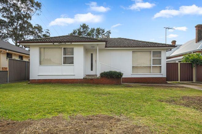 Picture of 6 Megan Avenue, SMITHFIELD NSW 2164