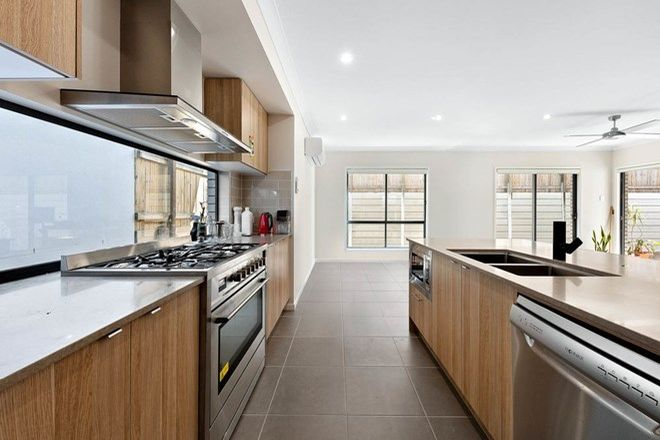 Picture of 23 Santiago Crescent, SPRING MOUNTAIN QLD 4300