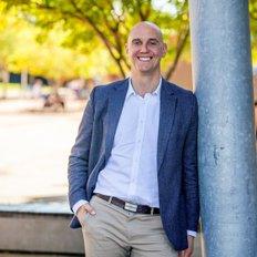 Gavin Broderick, Sales representative