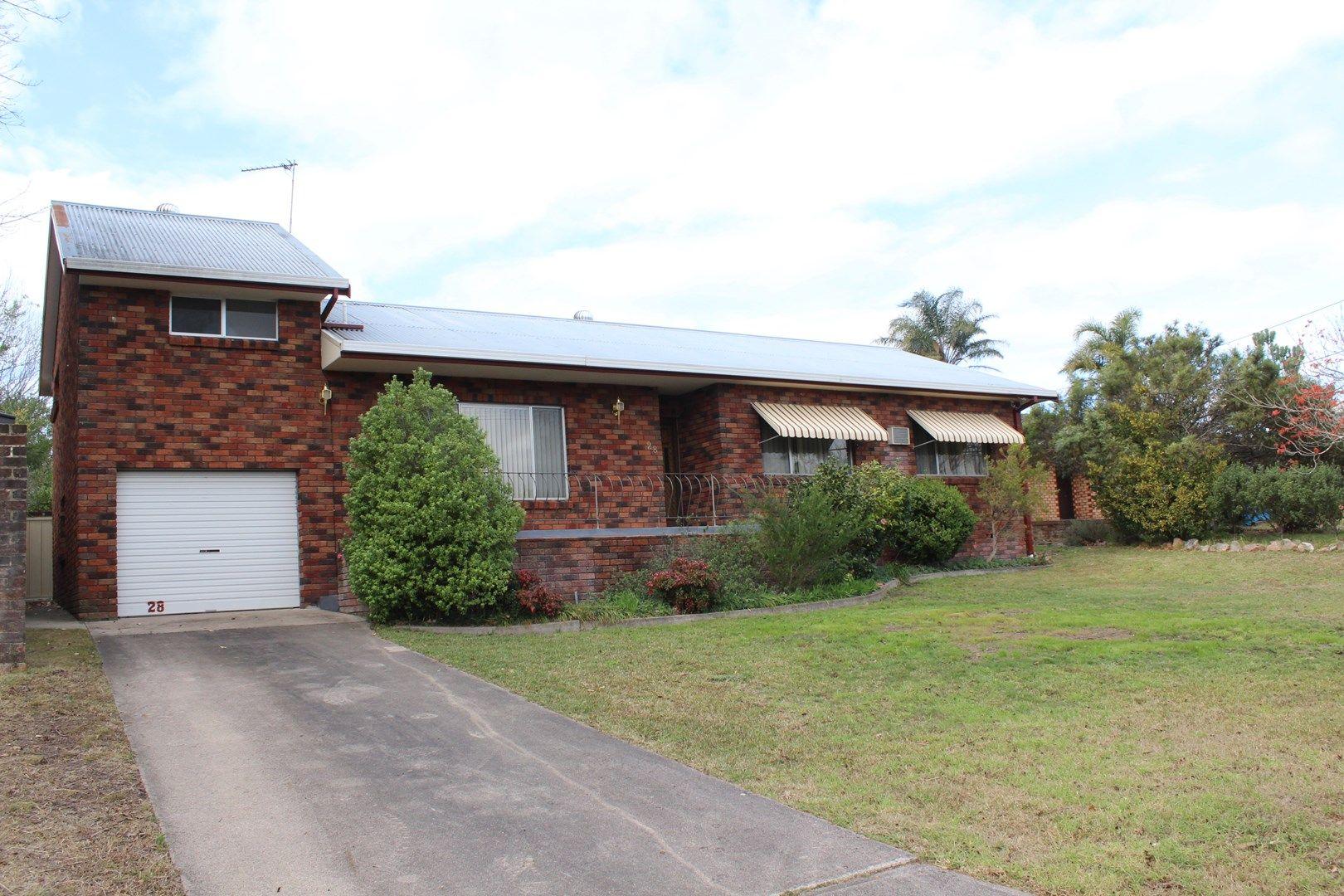 28 Glebe Avenue, Bega NSW 2550, Image 0