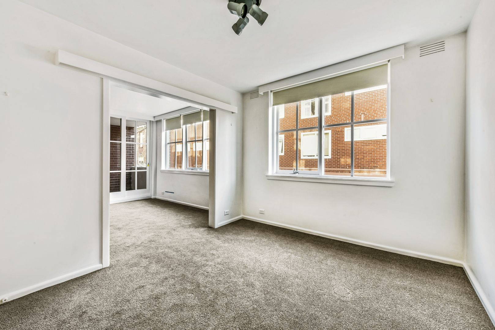 2/21 Powlett Street, East Melbourne VIC 3002, Image 0