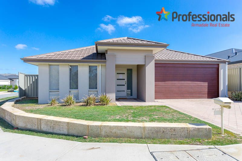 27 Rossiter Avenue, Piara Waters WA 6112, Image 0