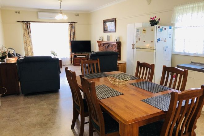Picture of 15 Woorarra Rd, WELSHPOOL VIC 3966