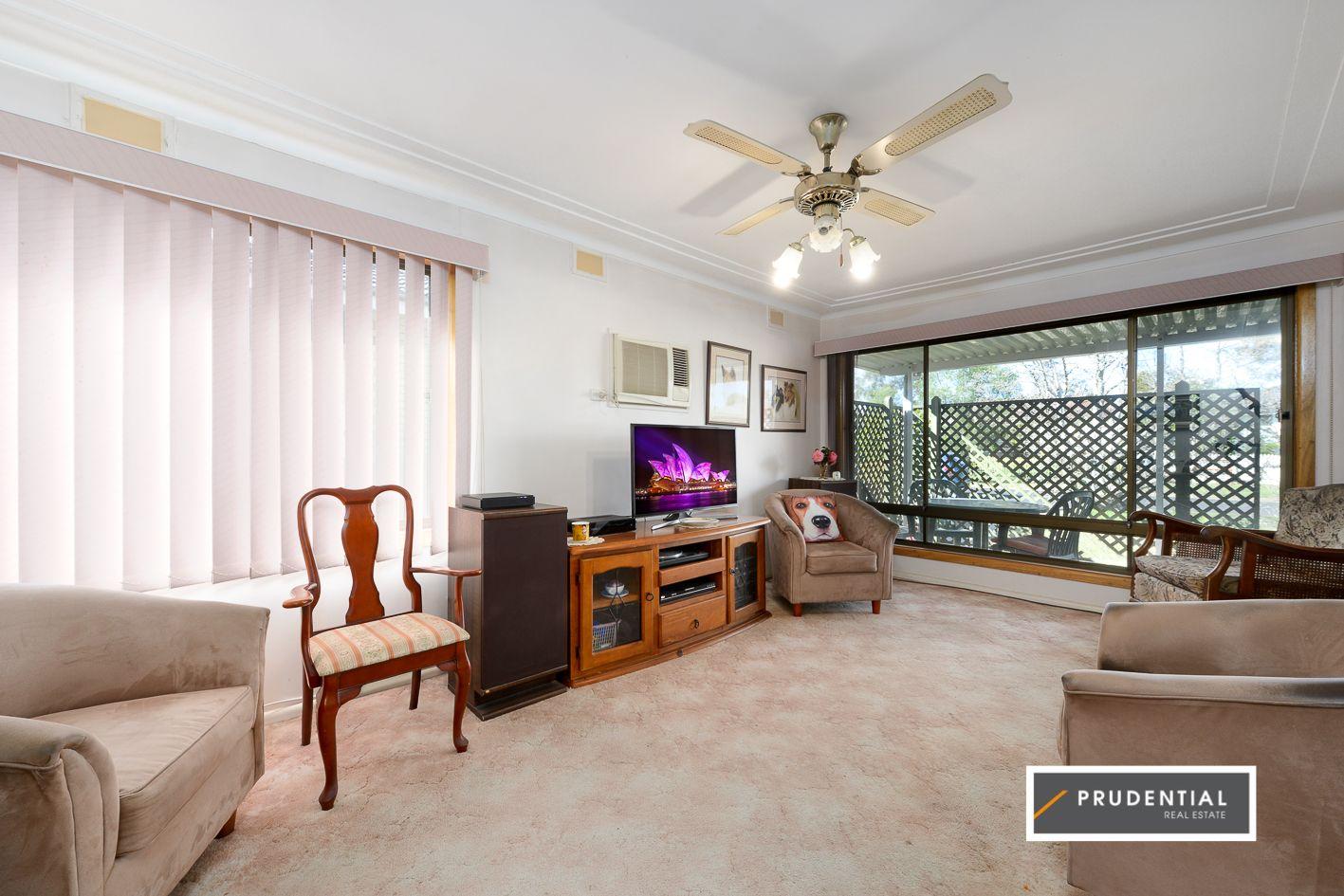17 Blue Gum Avenue, Ingleburn NSW 2565, Image 1