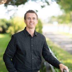 Liam Osborn, Sales representative