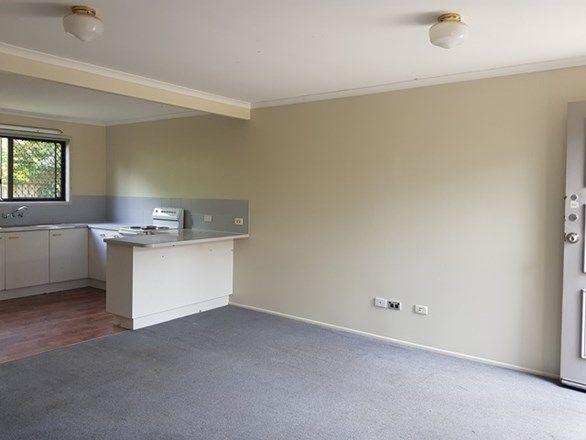 3/2 Cognac Court, Kingston QLD 4114, Image 2