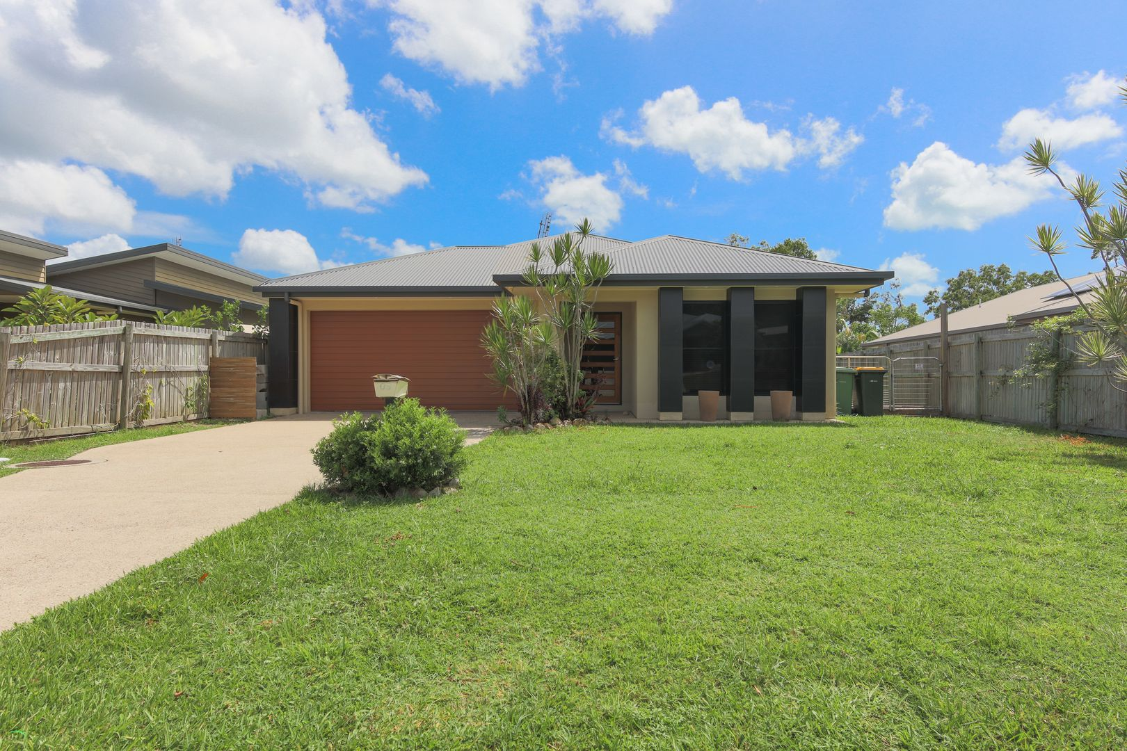 9 Twin Creek Court, Cannonvale QLD 4802, Image 1