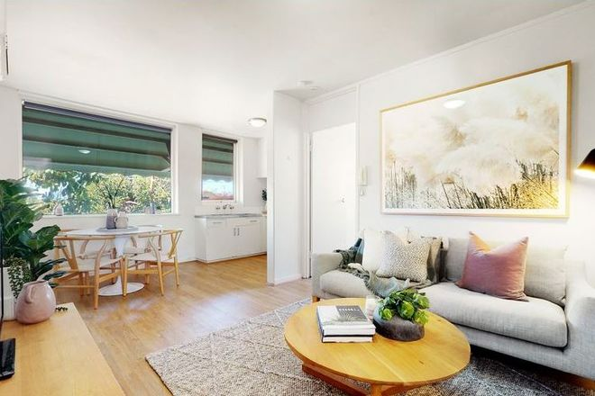 Picture of 14/40 Ormond Road, ELWOOD VIC 3184