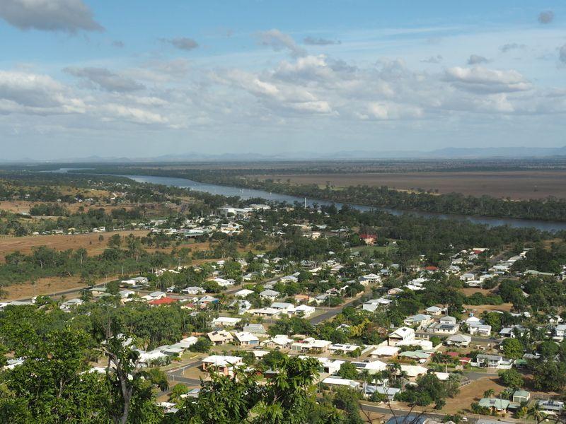 200 Poinciana Street, Koongal QLD 4701, Image 2