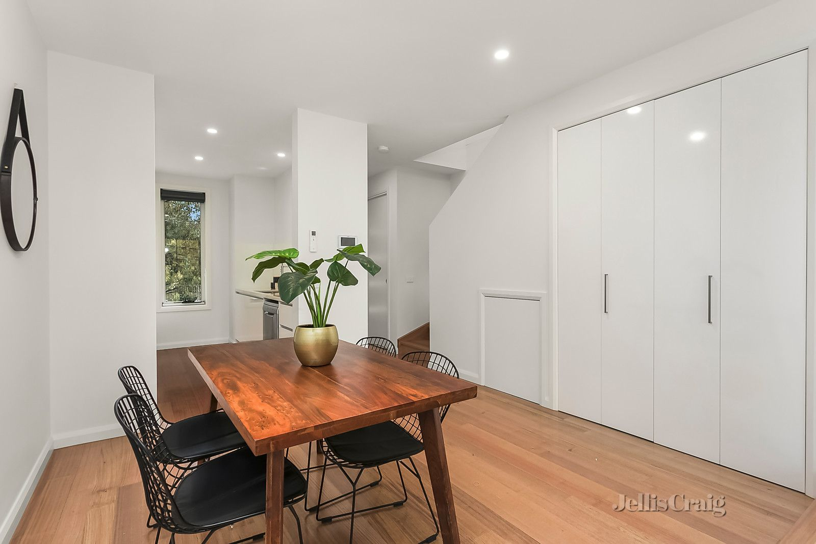 3/16 Riddell Street, Westmeadows VIC 3049, Image 2