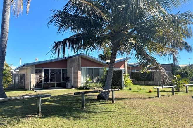 Picture of 1/47 Owen Jenkins Drive, SARINA BEACH QLD 4737