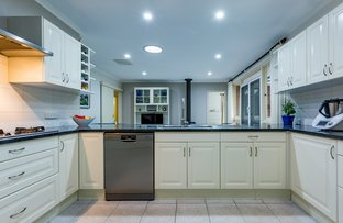 Picture of 34 Regency Drive, Thornlie WA 6108