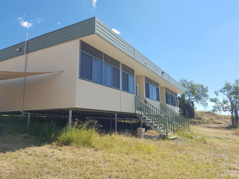 4 Stokes Court, Summerholm QLD 4341, Image 1