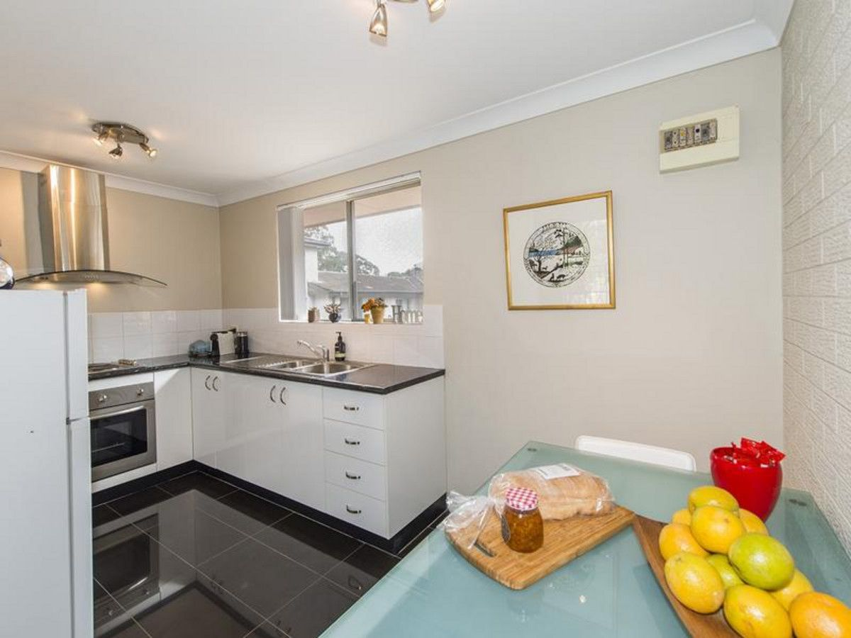 4/3 The Crescent, Penrith NSW 2750, Image 2
