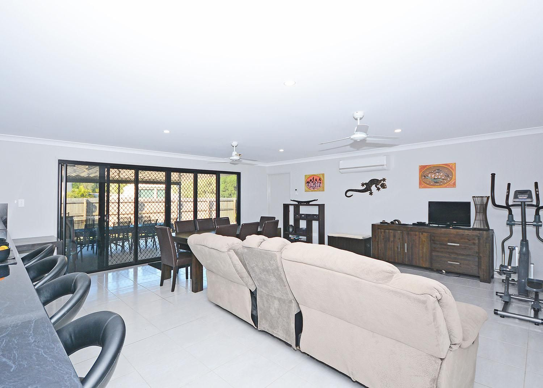 13 Lakes Boulevard, Burrum Heads QLD 4659, Image 2