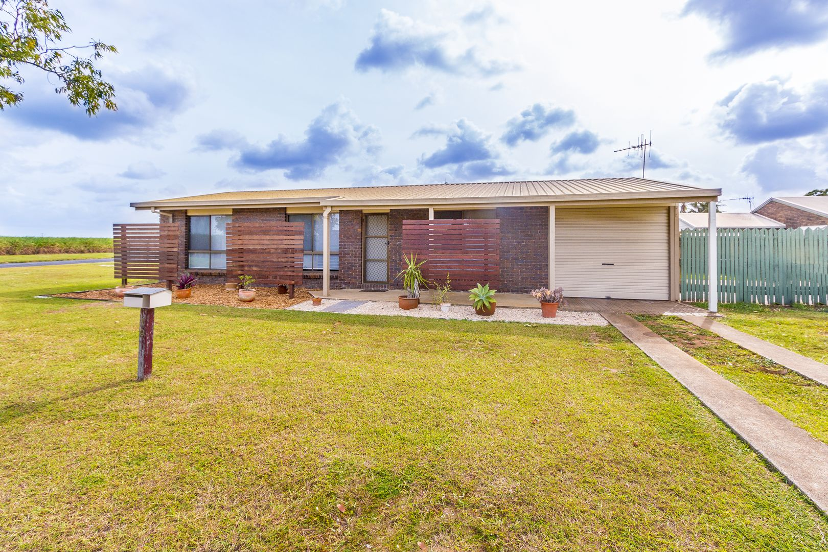 10 PECTON PLACE, Avenell Heights QLD 4670, Image 0