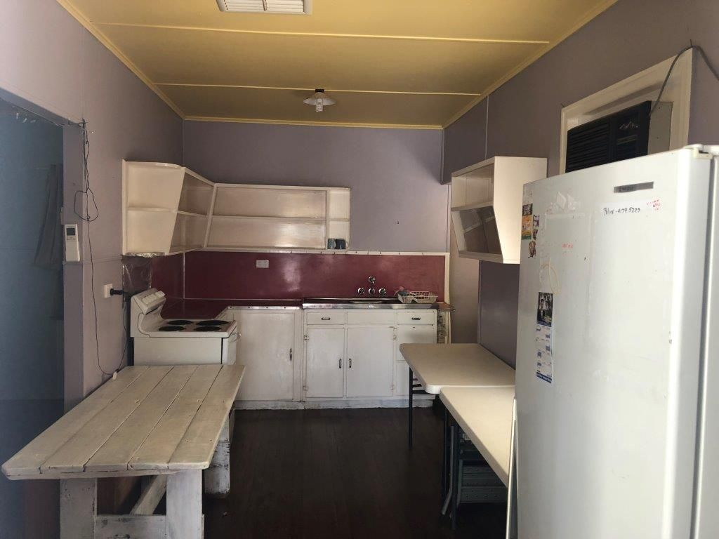 11 Armstrong Street, Murgon QLD 4605, Image 2