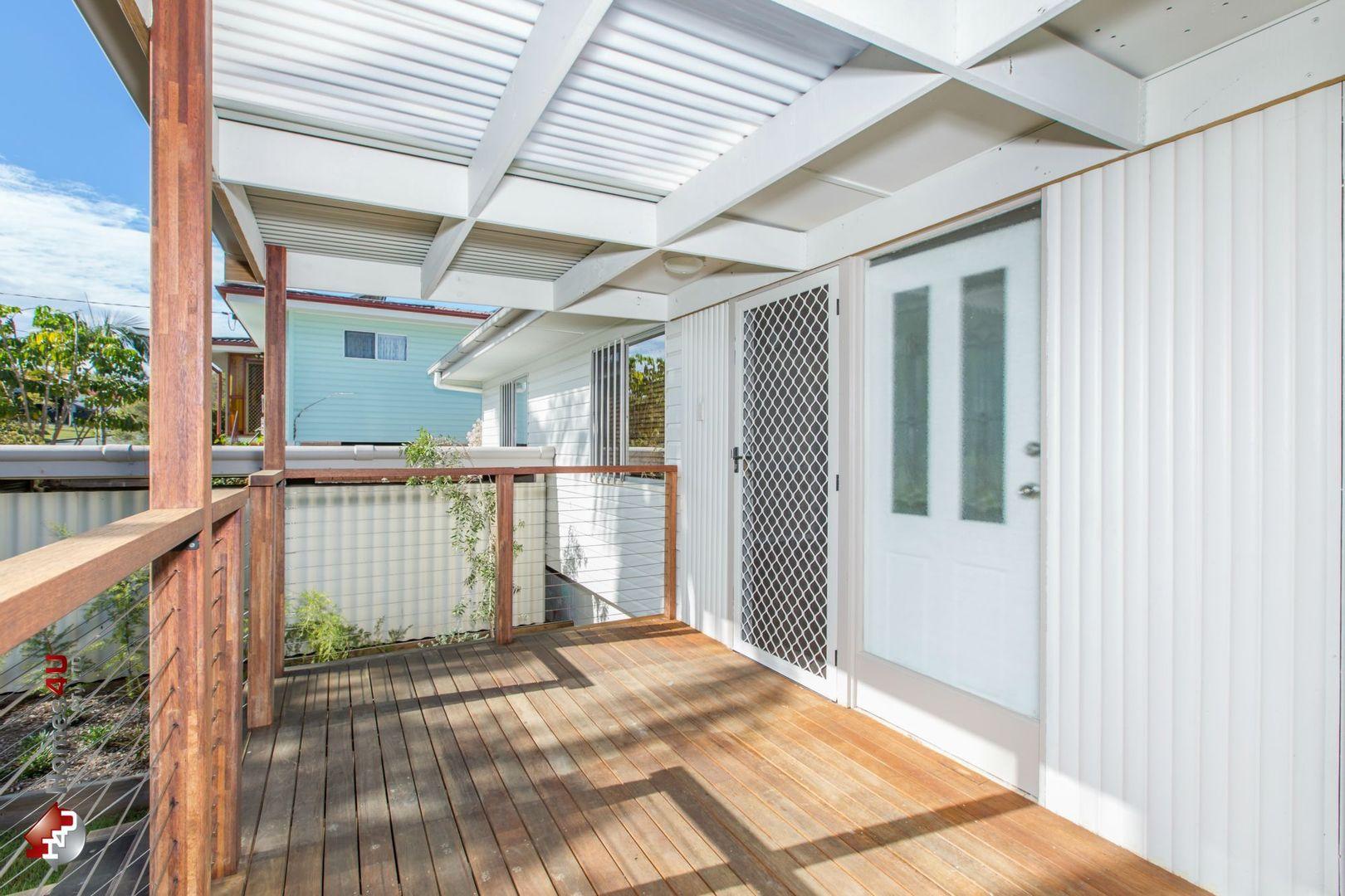73 Cutts Street, Margate QLD 4019, Image 2