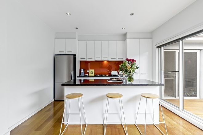 Picture of 2/227 Woods Street, NEWPORT VIC 3015