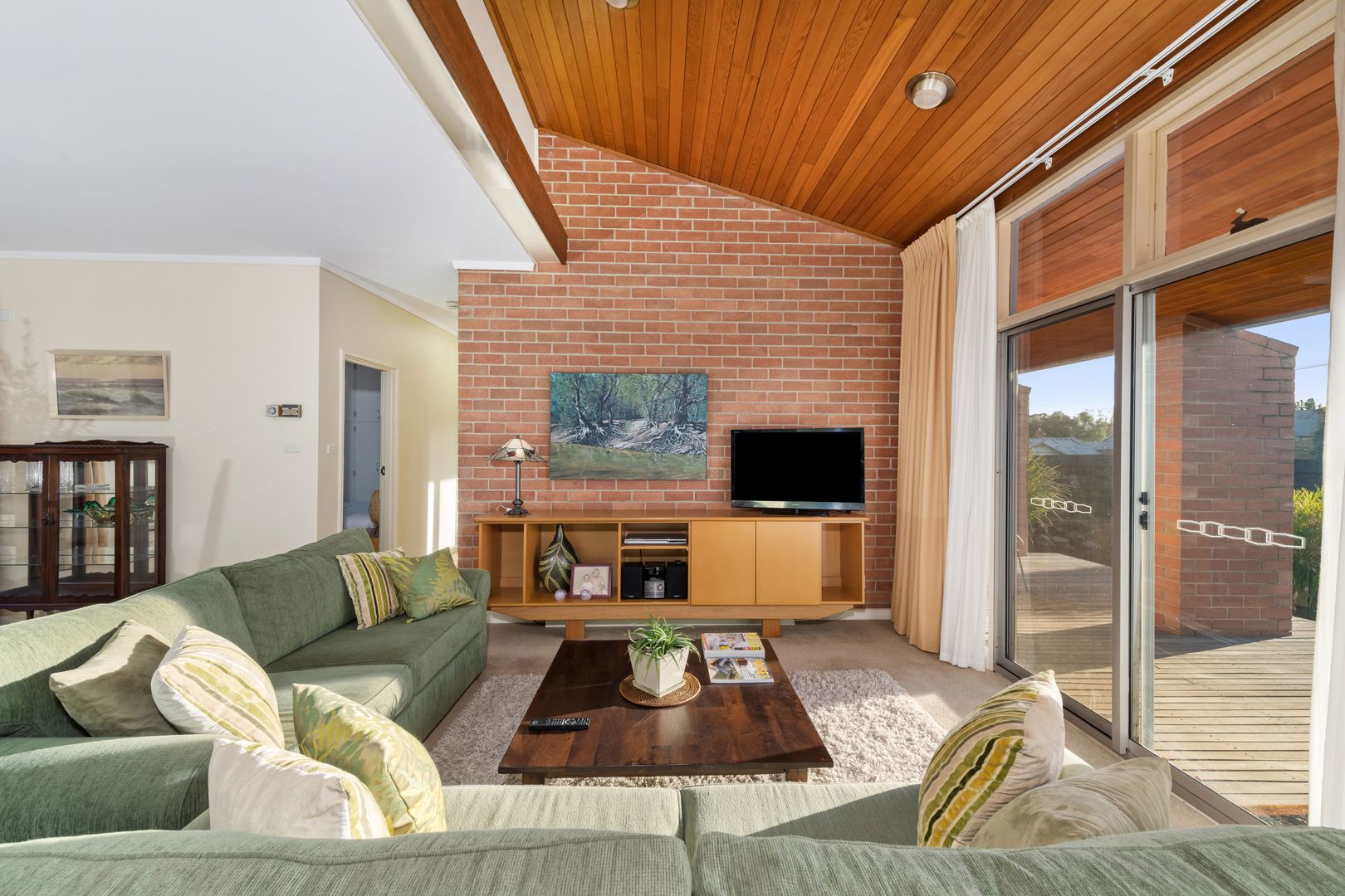 66 Broadway, Dunolly VIC 3472, Image 2