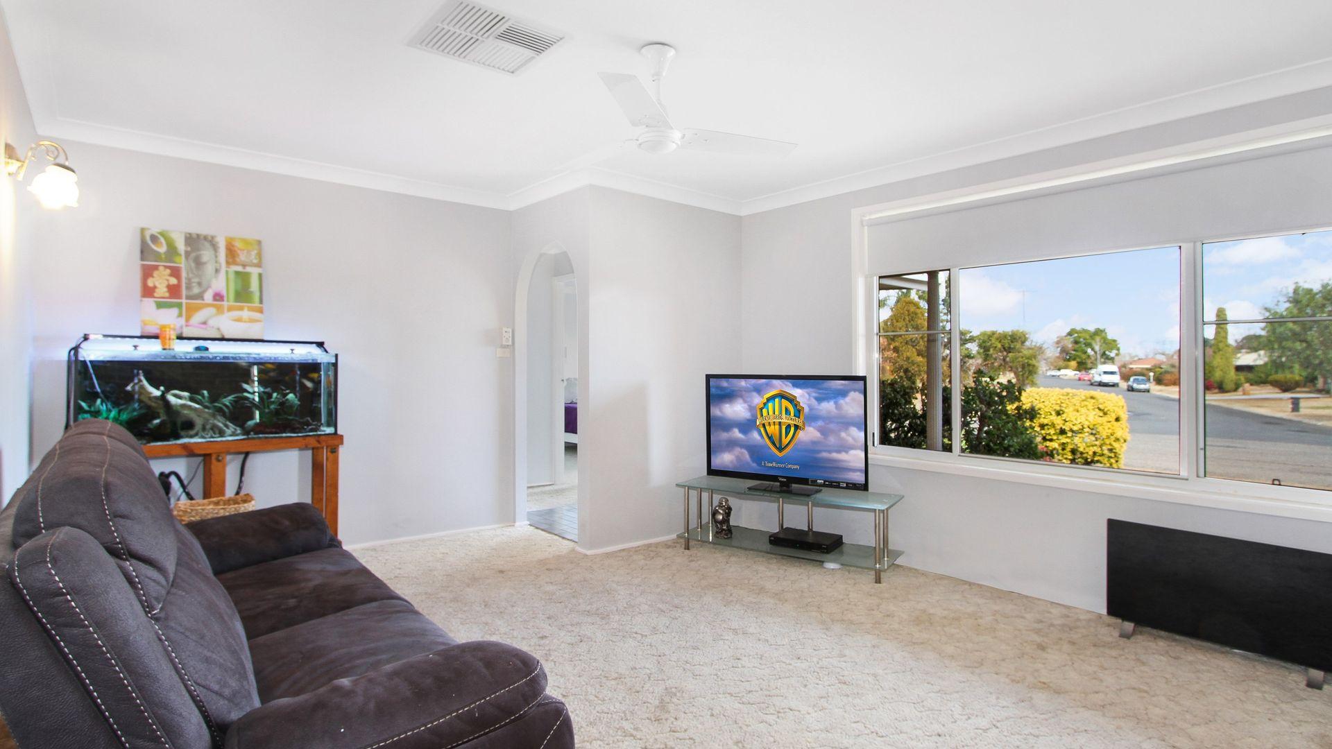 33 Myrl Street, Tamworth NSW 2340, Image 1