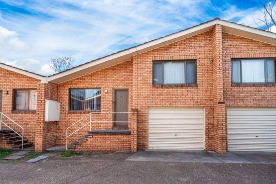 7/18 Howe Street, Singleton NSW 2330, Image 0