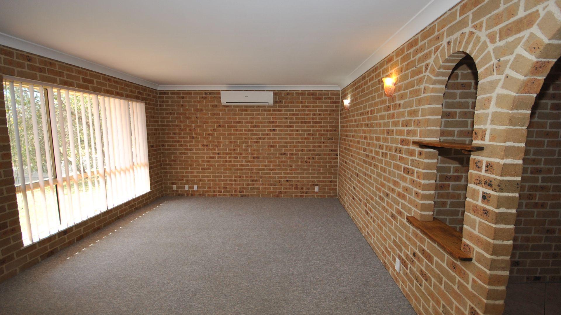 2/2 flanagan court, Worrigee NSW 2540, Image 1