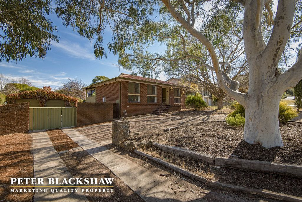 15 McGivern Place, Kambah ACT 2902, Image 0