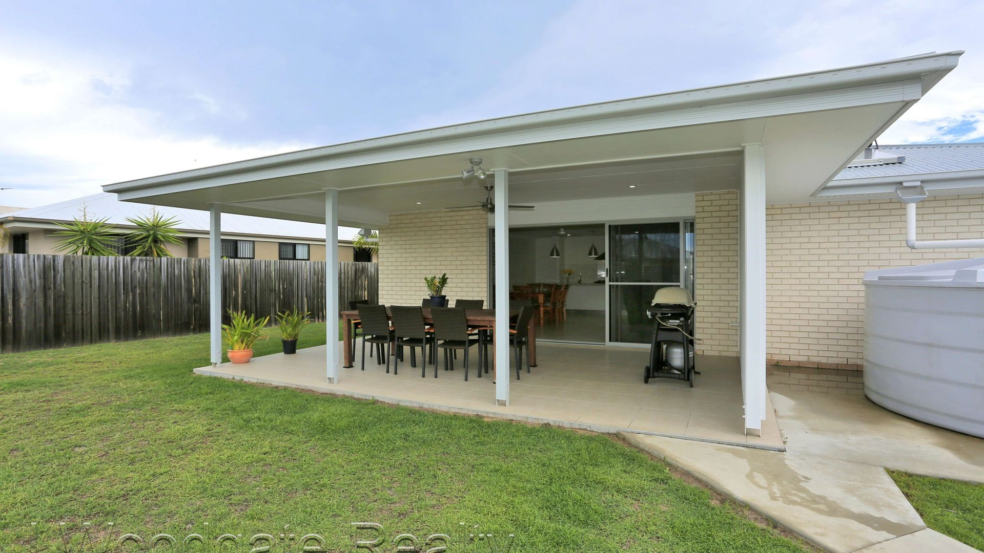 5 Honeyeater Ct, Woodgate QLD 4660, Image 1