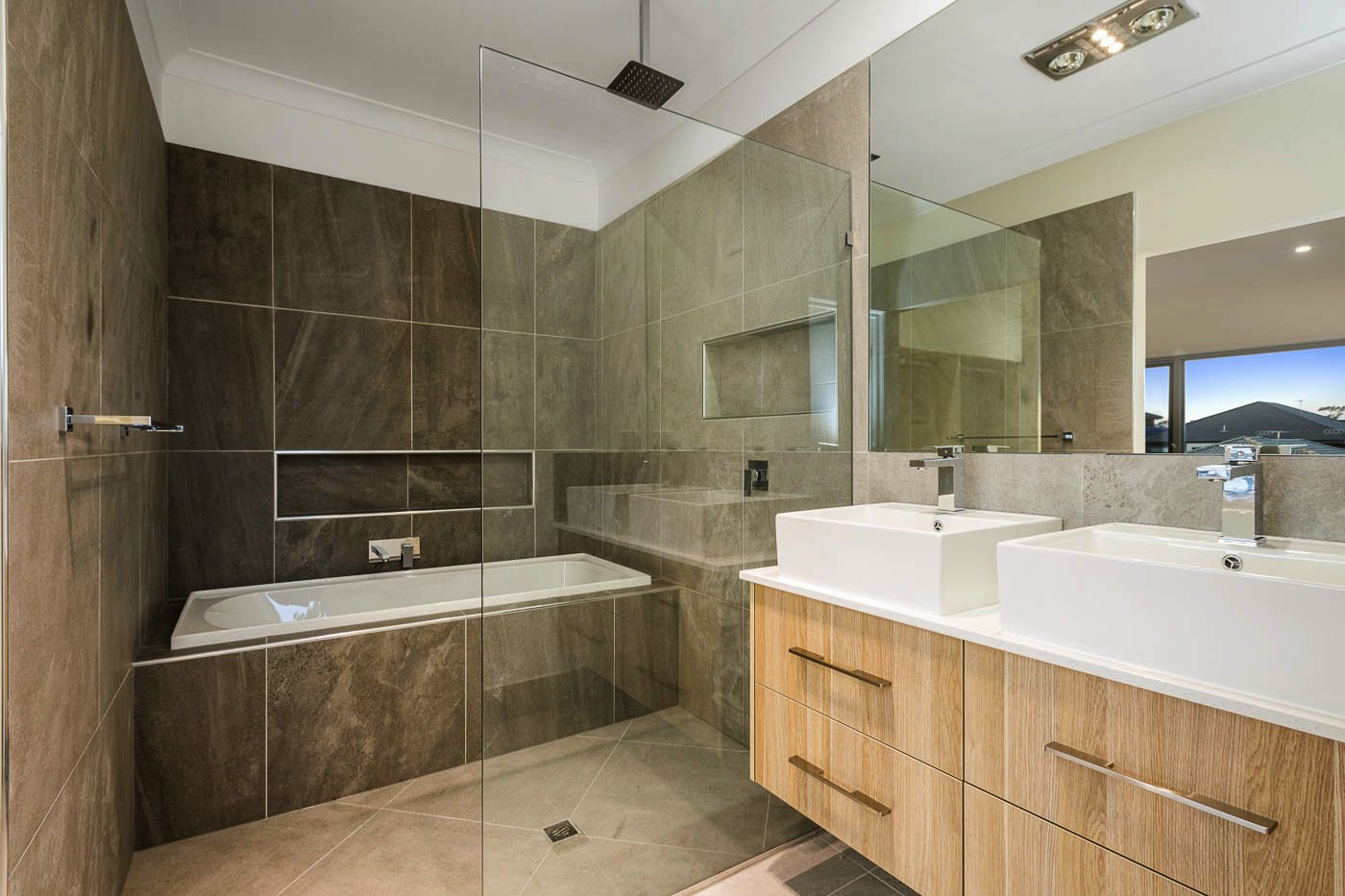 23 Jersey Cres, Springfield Lakes QLD 4300, Image 2