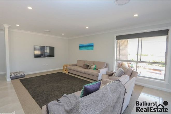 Picture of 71 Graham Drive, KELSO NSW 2795