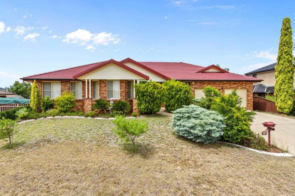 27 Caloola Street, Tamworth NSW 2340, Image 0