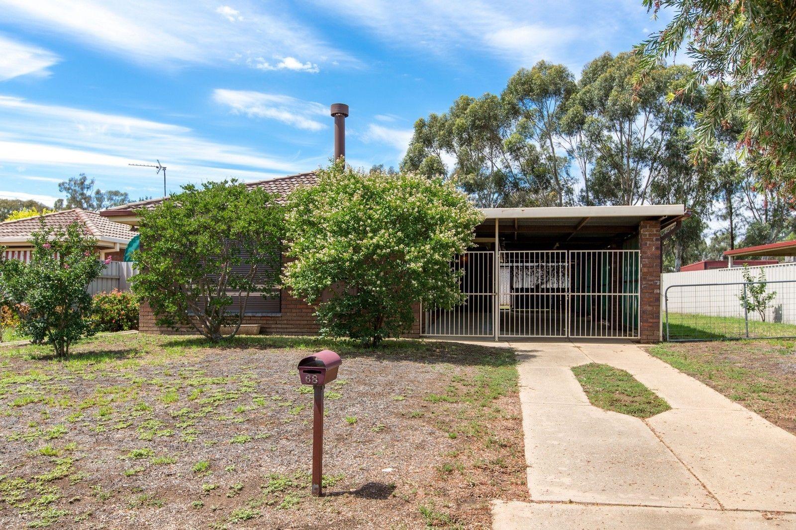 68 Huthwaite Street, Mount Austin NSW 2650, Image 0