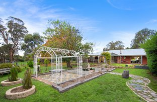 Picture of 10 Aberdeen  Road, Elphinstone VIC 3448