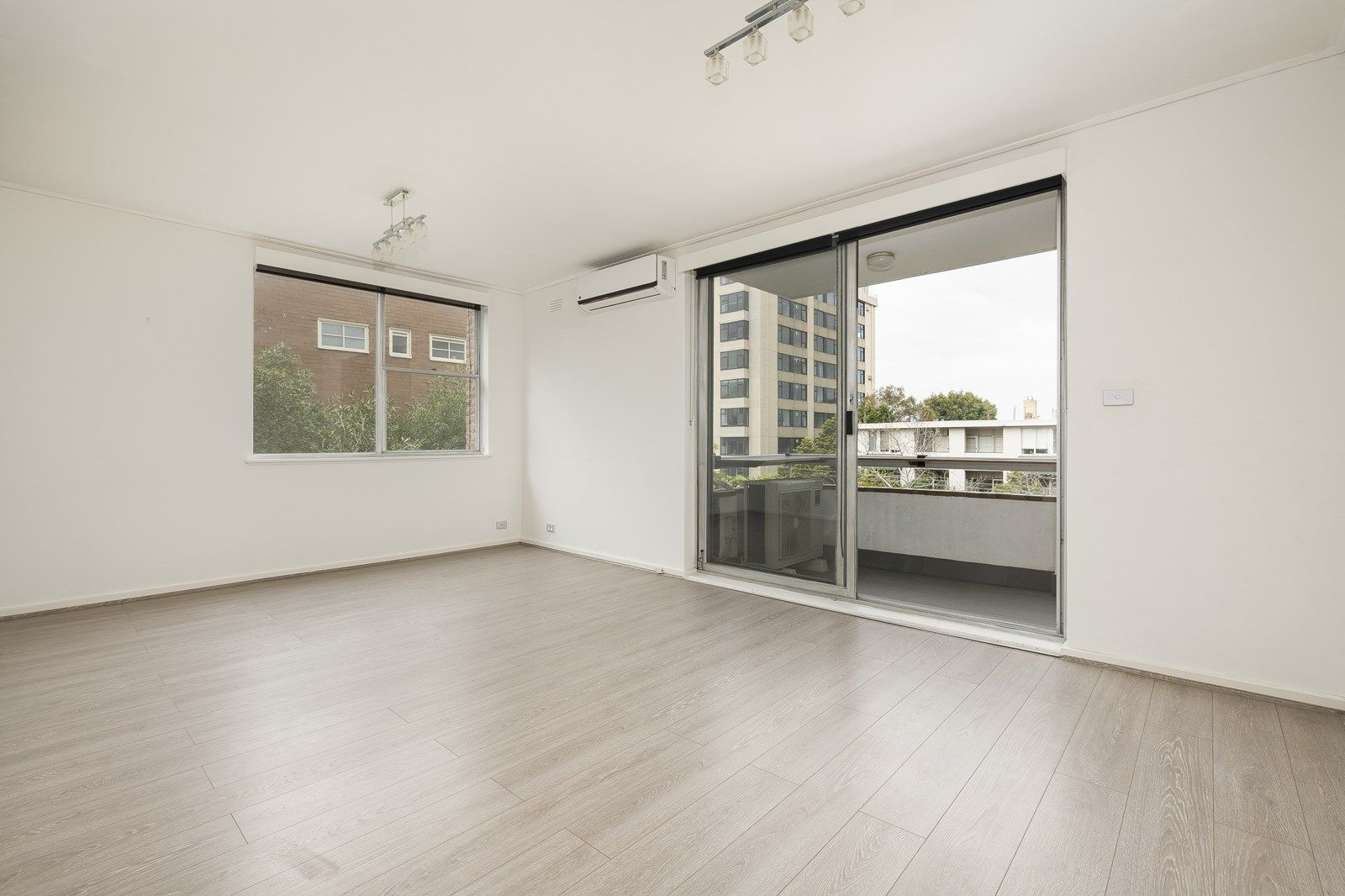 5/399 Toorak Road, South Yarra VIC 3141, Image 2