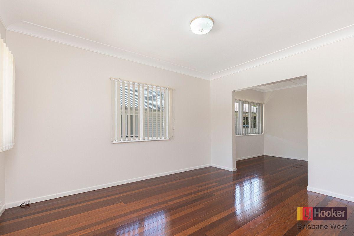 9 Coleman Street, Graceville QLD 4075, Image 1