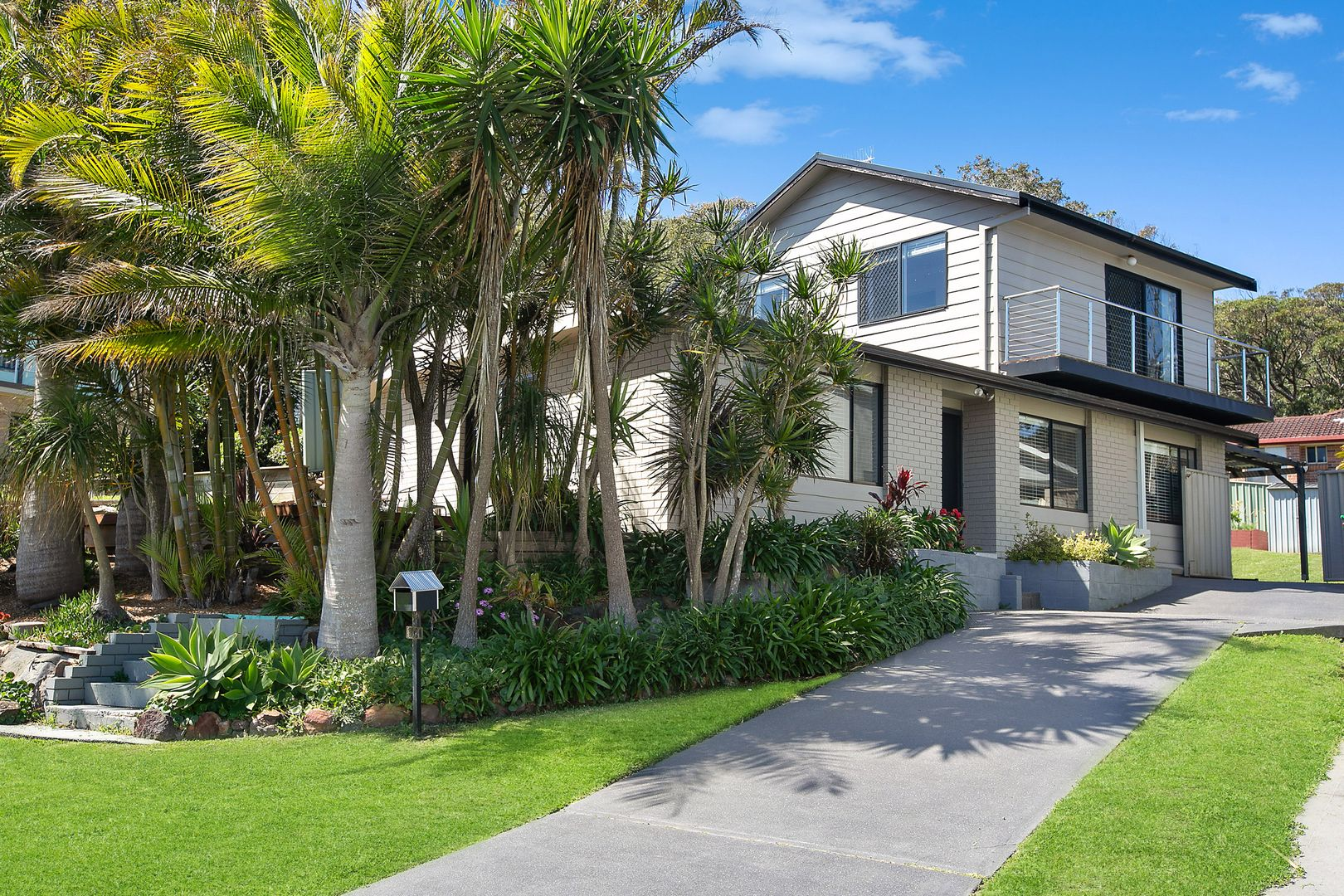 89 Lowanna Avenue, Forresters Beach NSW 2260, Image 0