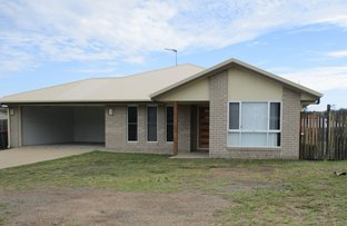 Picture of 31 Woodland Court, Kirkwood QLD 4680