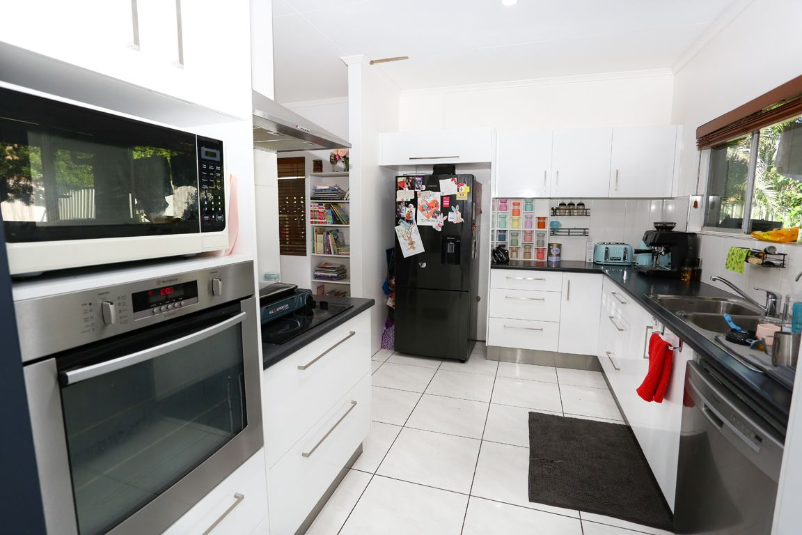 4 Cook Crescent, Mount Isa QLD 4825, Image 2