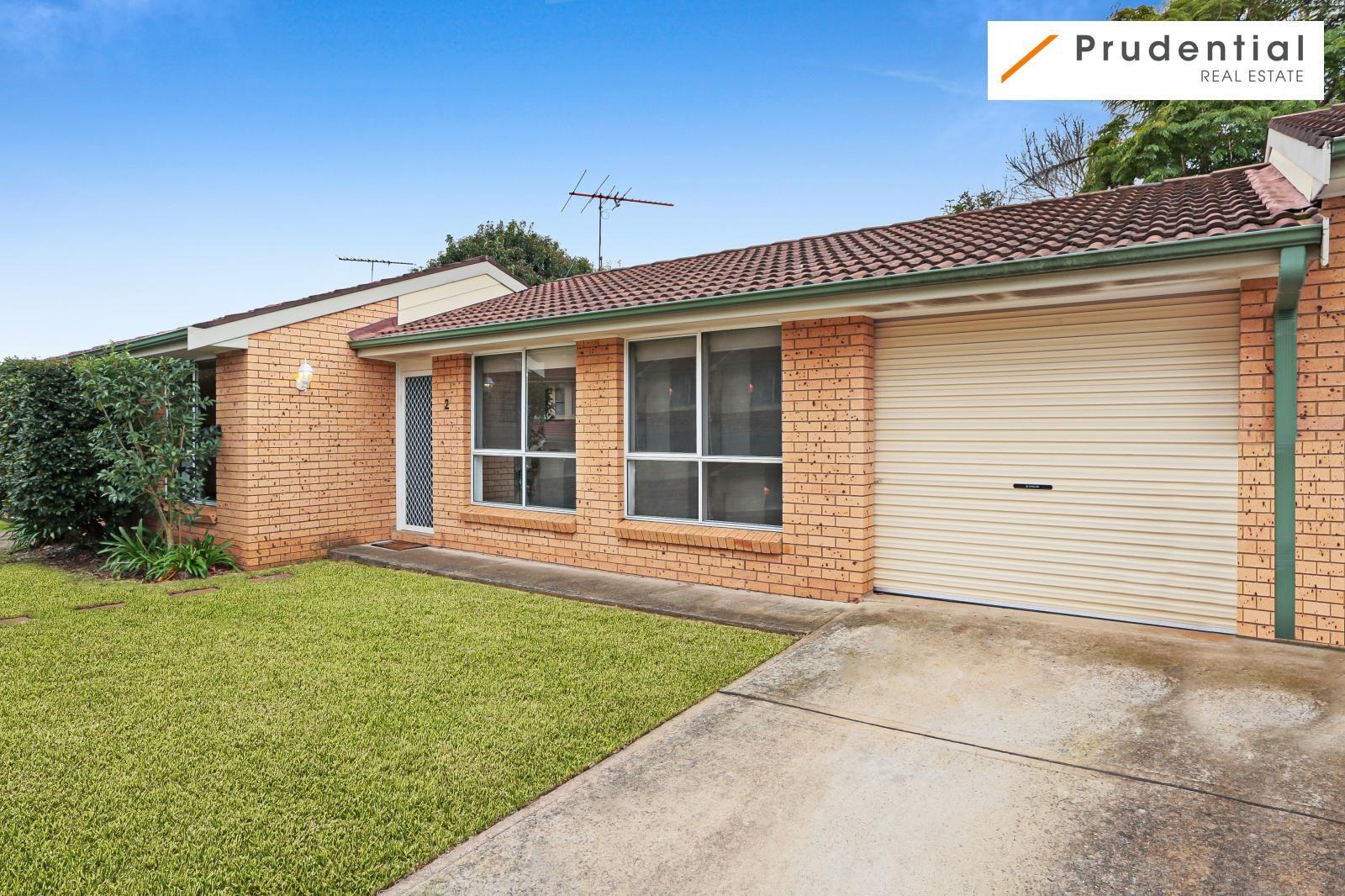 2/53 Woodland Road, St Helens Park NSW 2560, Image 0