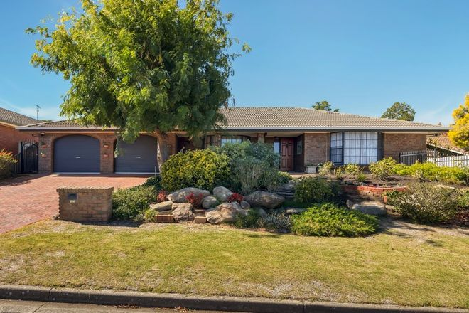 Picture of 19 Vendale Drive, FLAGSTAFF HILL SA 5159