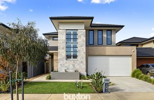 Picture of 77 Greenside Circuit, Sandhurst VIC 3977