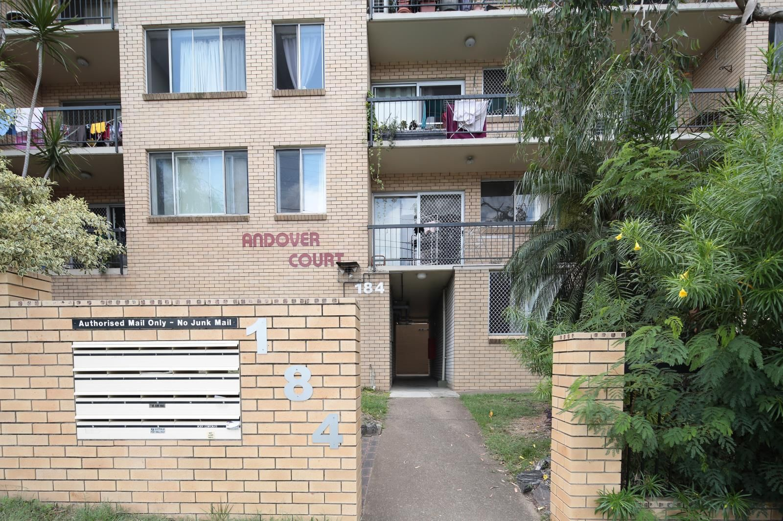 15/184 Herston Road, Herston QLD 4006, Image 2