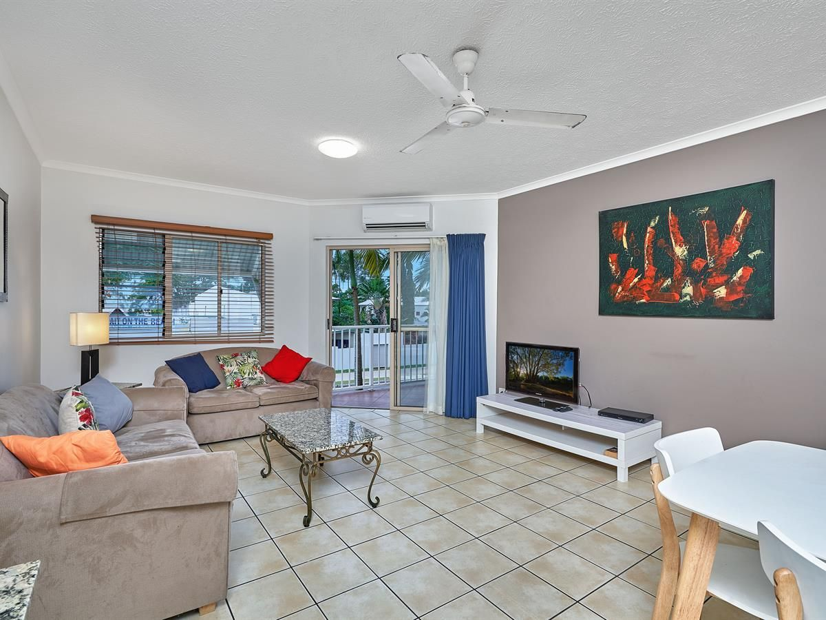 64/129 Oleander St, Holloways Beach QLD 4878, Image 2