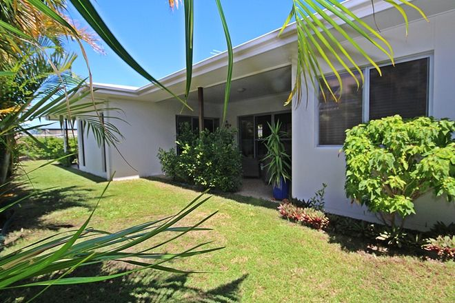 Picture of 13 Seaeagle Place, BANKSIA BEACH QLD 4507