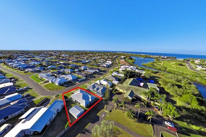 Picture of 9 Sorrento Drive, BARGARA QLD 4670