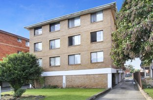 Picture of 2/25 York Street, Fairfield NSW 2165